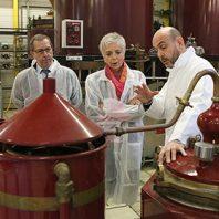 Visite à Turenne à la Distillerie des Terres Rouges